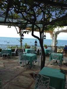 staying in positano - dinner at hotel pupetto